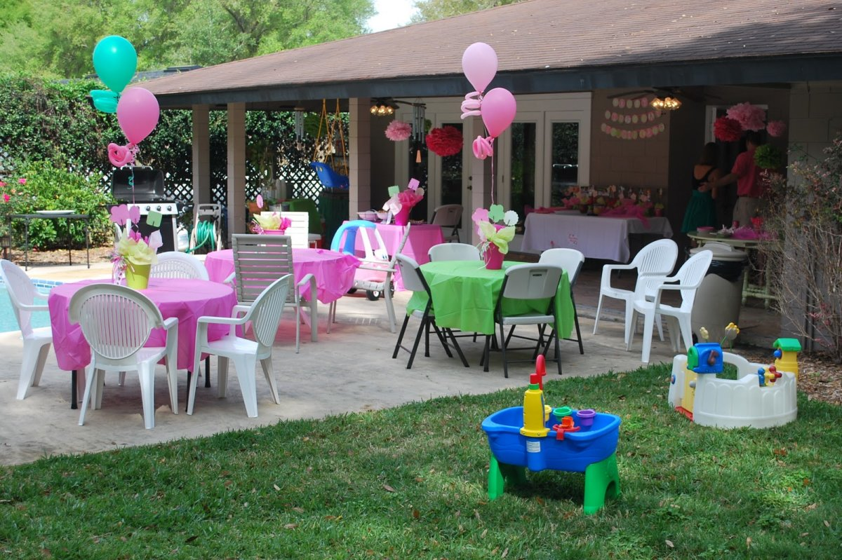 How To Host An Engagement Party With Themes For Summer